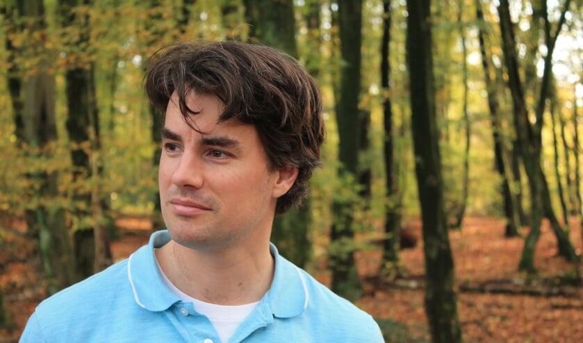 <p>Maarten Bart de Jonge brengt binnenkort zijn tweede boek uit &#39;Scherpschutter&#39;. Foto: PR</p>