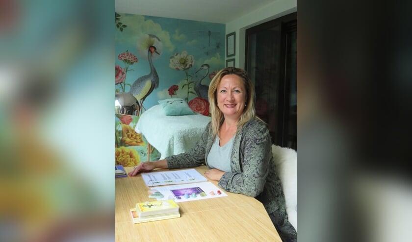 <p>Mascha van Vliet-Zuijderduin weet als geen ander hoe belangrijk het is om balans in je leven te hebben. In haar praktijk De Libelle helpt ze vrouwen en kinderen die balans te vinden. &nbsp;</p>
