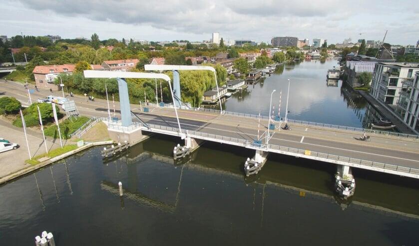 De Churchillbrug vrijdag 11 september na 11.00 uur weer open. Foto: gemeente Leiden