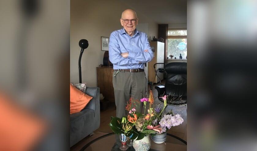 <p><strong>Ondanks dat hij zo voorzichtig was, kreeg Anton de Bode toch het coronavirus. De geboren en getogen Voorschotenaar overleed onlangs op 86-jarige leeftijd. Foto: Chris de Bode &nbsp;</strong></p>