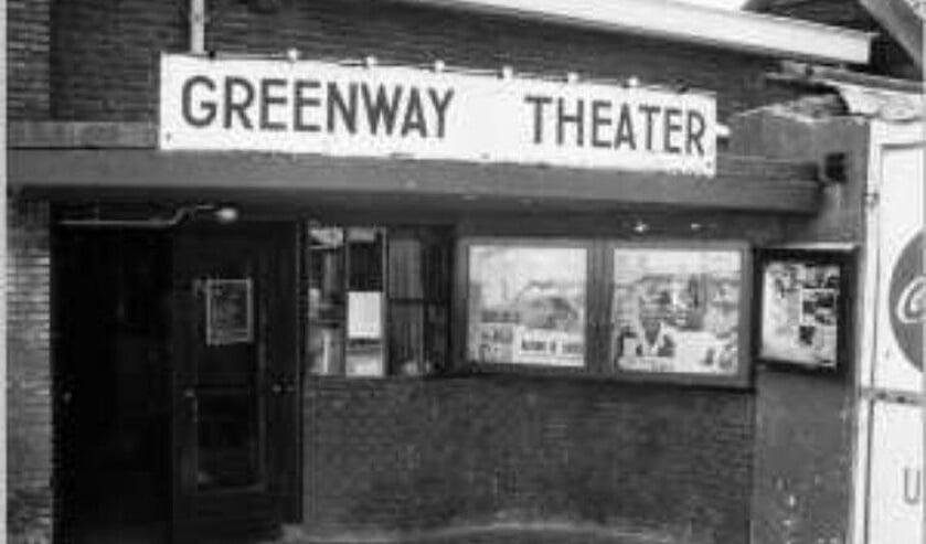 <p>Het Greenway Theater zoals veel Voorschotenaren zich het nog wel kunnen herinneren. 75 jaar geleden draaide er de eerste film. Foto: Filmtheater Voorschoten&nbsp;</p>