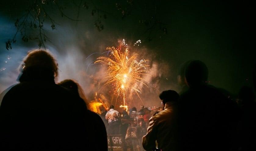 Een (krappe) meerderheid is nog wel voor afsteken van vuurwerk in de gemeente (archieffoto).