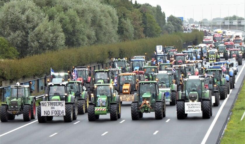 <p>Trekkers via rijksweg A4 op weg naar Den Haag bij een vorige protestactie (archieffoto).</p>