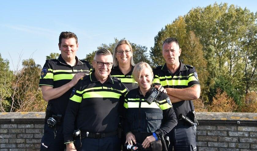 Een deel van het nieuwe team, van links naar rechts: Chiel Boer, John Spaapen, Suzan Houweling, Tessa Roos, Ad van Houdt.
