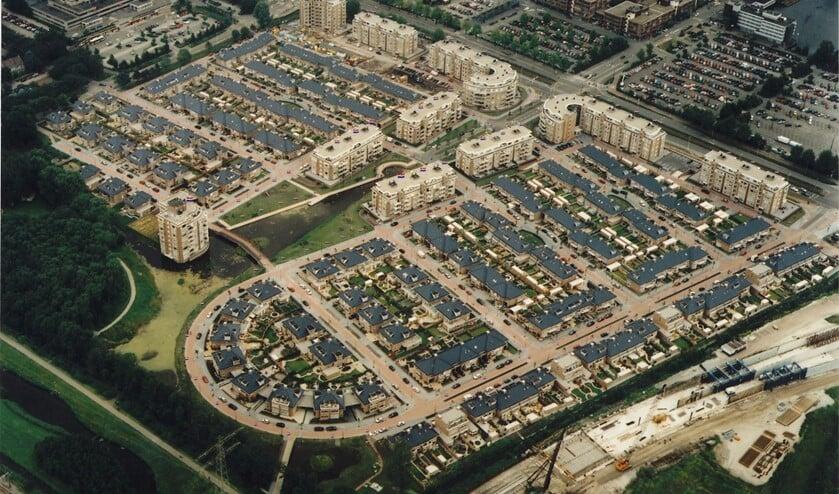 <p>Bovenaanzicht van Park Veursehout in Leidschendam (foto; Van &#39;t Hof Rijnland Vastgoedmanagement).</p>