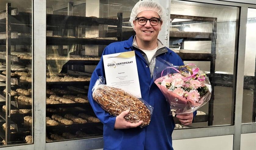 <p>De Superstol van Bakkerij Remmerswaal is door het Nederlands Bakkerij Centrum in Wageningen Bekroond met Goud (foto: pr).</p>