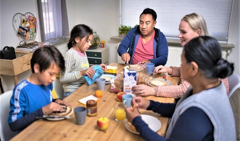 <p>Gezinnen met een laag inkomen in Leidschendam-Voorburg kunnen zich met de Gemeentepolis verzekeren tegen hoge zorgkosten (foto: Jeroen Horsthuis / Team Horsthuis.nl).</p>
