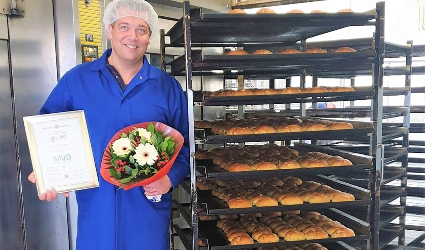 Richard Remmerswaal, trots op het MVO Keurmerk dat met een uitzonderlijke score werd behaald, als eerste bakkerij van Nederland.
