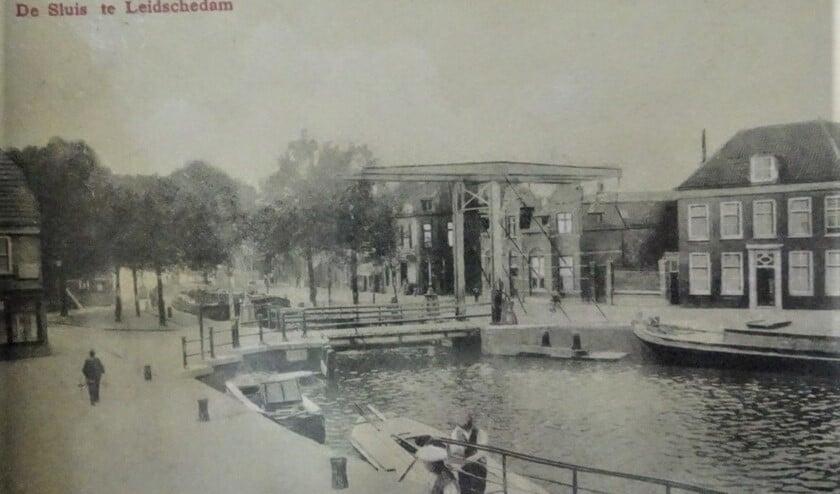 De sluis in Leidschendam in vroeger jaren (archieffoto).