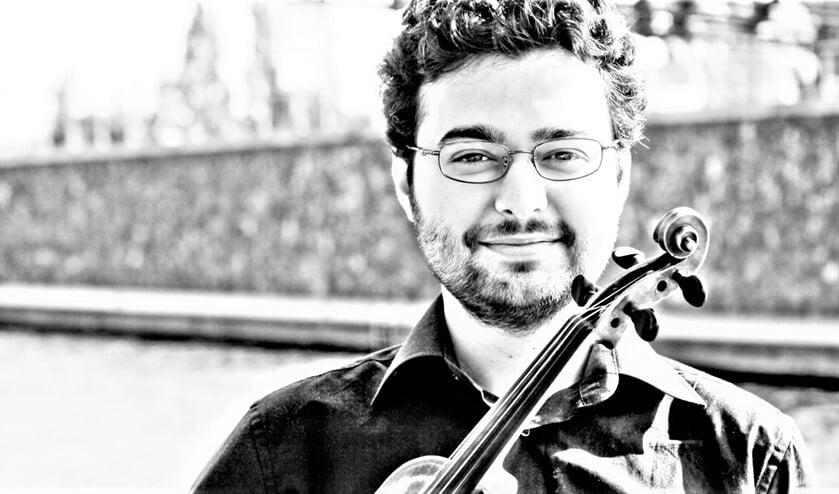 Violist Joseph Puglia heeft internationaal naam gemaakt als vertolker van muziek uit met name de 20e en 21e eeuw.