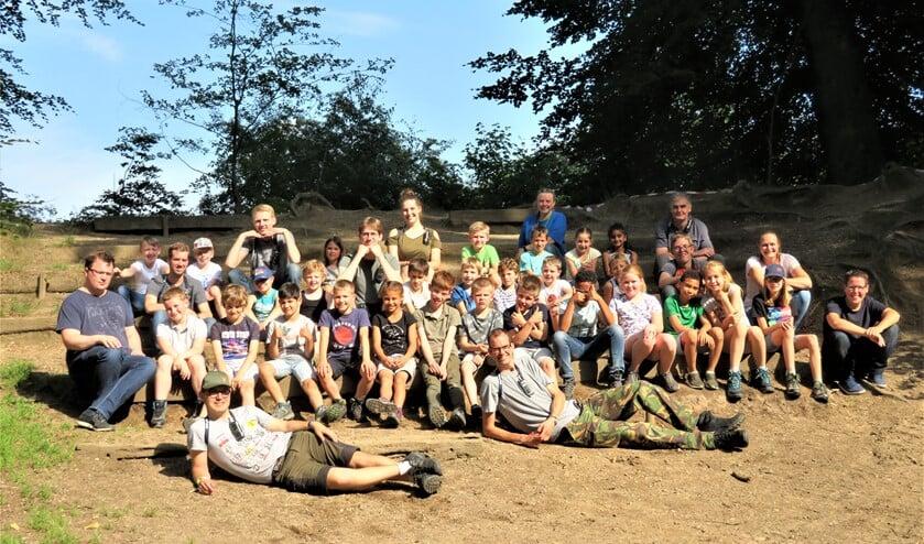 Op zaterdag 18 juli stonden er 27 welpen te trappelen om naar Arnhem te komen naar een middeleeuwse herberg.
