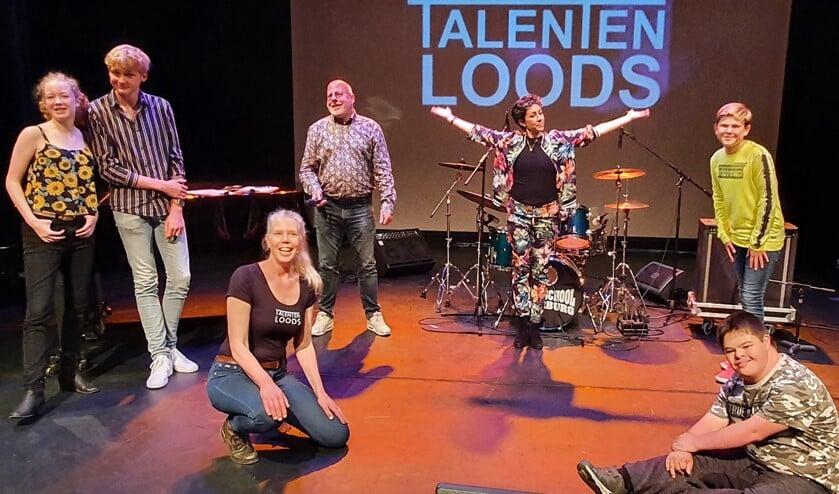 Two Talents met jury en presentators (foto: Sander Goudart).