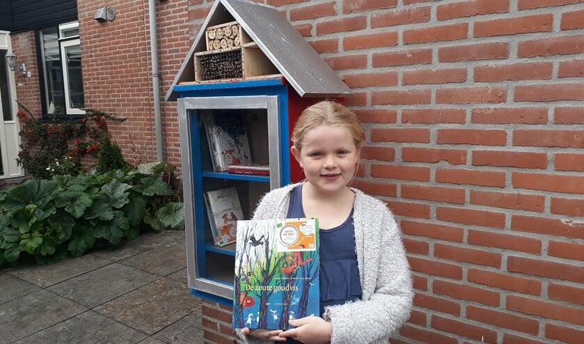 <p>Izzy&rsquo;s Kinderboekenhuisje is al officieus geopend. Izzy hoopt dat veel boeken gaan zwerven door het dorp!&nbsp;</p>