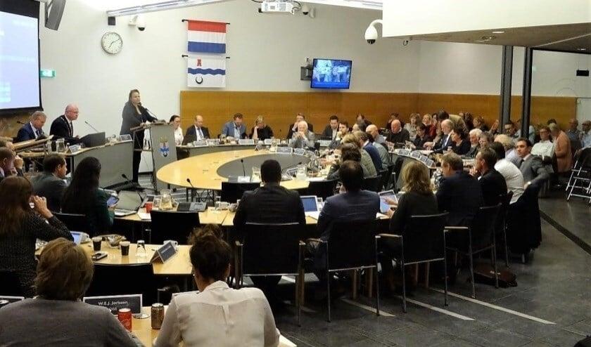 Raadsleden, commissieleden en wethouders ontvangen voor het onderzoek een digitale vragenlijst (archieffoto).
