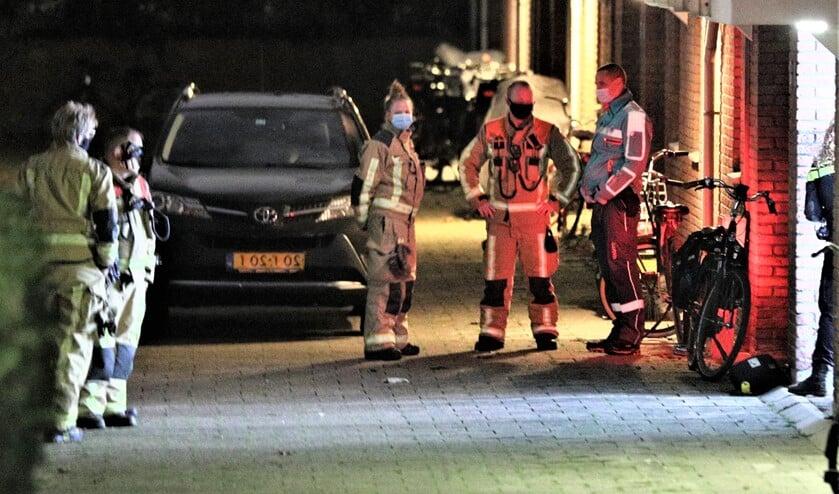 <p>De hulpdiensten na&nbsp; het incident op de plek van het ongeval (foto: Rene Hendriks / Regio15).</p>
