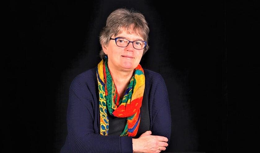 <p>Christin Kliphuis is een veelzijdig schrijfster. Zij schreef 21 kinderboeken, 2 autobiografische boeken en diverse gedichten en blogs.&nbsp;</p>