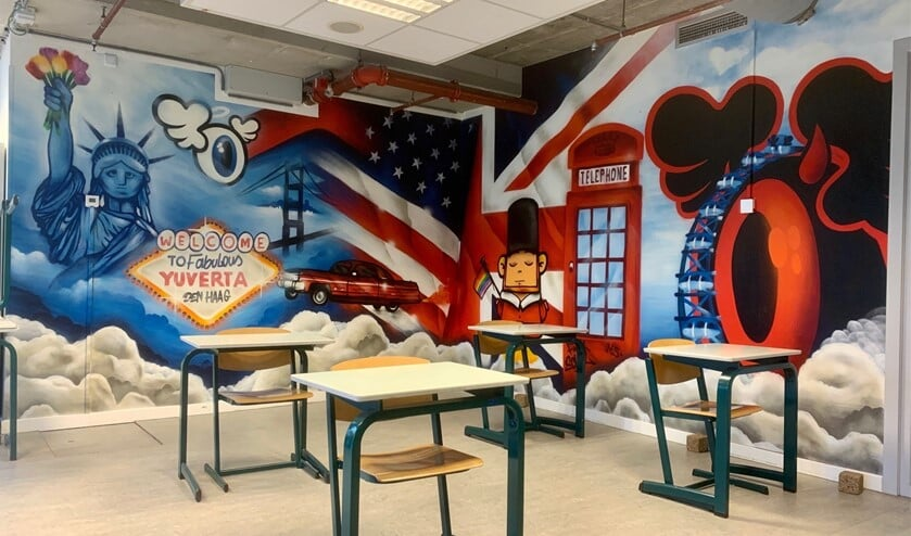 <p>Graffiti artist Mike Freeke van Colourcastle heeft op moderne wijze diverse herkenbare items afgebeeld, van zowel de USA als de UK.</p>