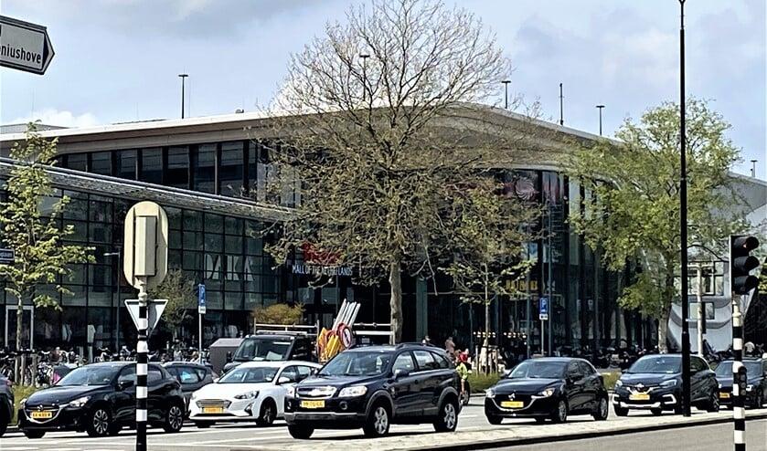 Drukte rond de Westfield Mall in Leidschendam (foto: gemeente LV).