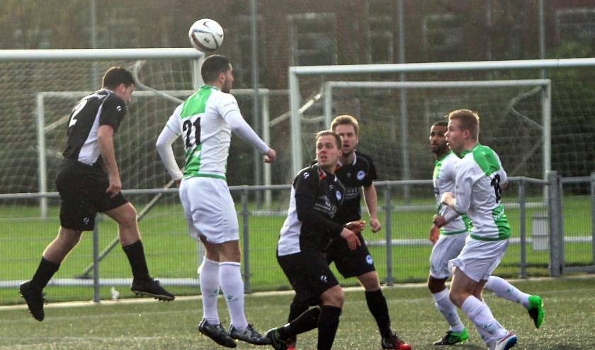 Spijkenisse was voor de Regio Rijnmond cup zaterdag te sterk voor Zuidland. Fotografie: Peter de Jong