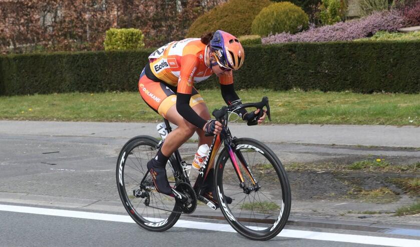Chantal Blaak leverde opnieuw een topprestatie door in de Ronde van Vlaanderen als derde over de streep te geraken.