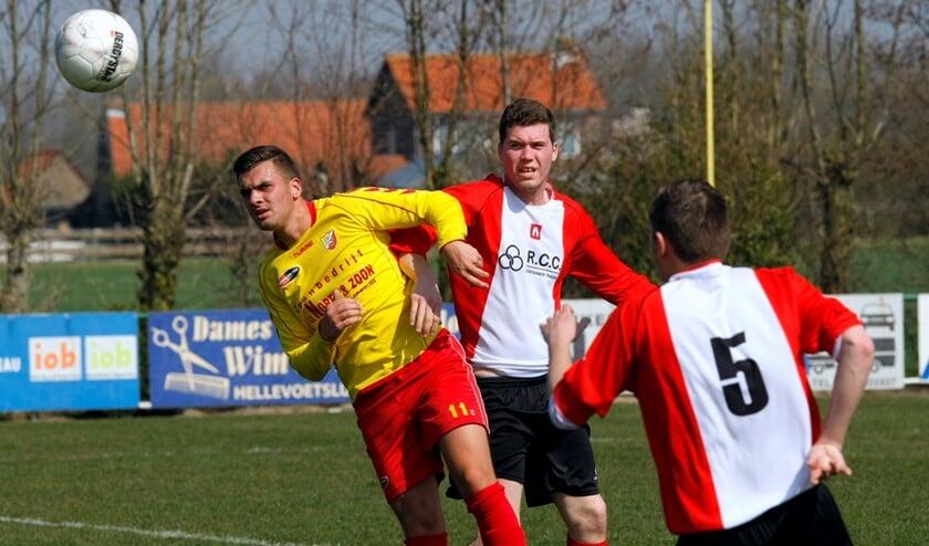 OHVV heeft zich tegen Abbenbroek klaar gestoomd voor de topper tegen Excelsior '20. Foto Theo van Kralingen.