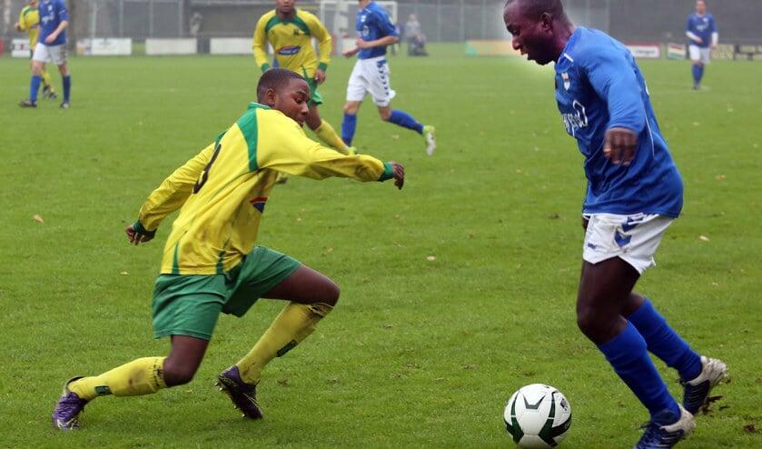 SC Botlek deed aardig mee in het duel met koploper Rijnmond Hoogvliet Sport, maar de ploeg verloor wel met 3-2.