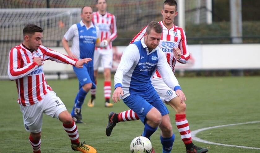 SCO'63 wist zondag de punten te pakken in het duel met Zwartewaal en won met 3-0.