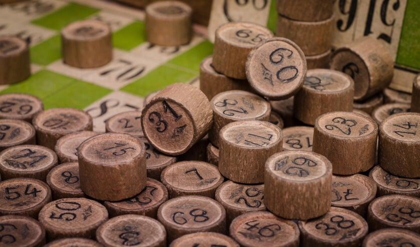 O.a. geldprijzen bij de bingo in het wijkcentrum riepen vragen op.