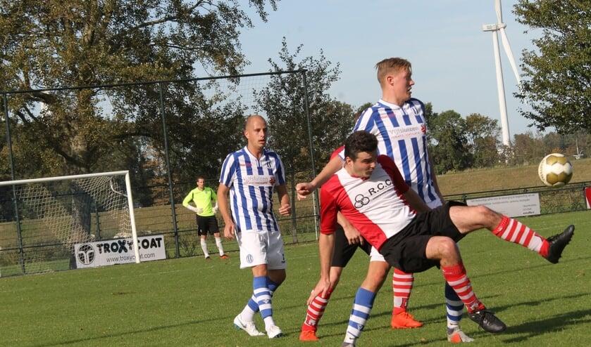Abbenbroek verloor zaterdag met een klein verschil, 2-1, haar wedstrijd bij Zwartewaal.