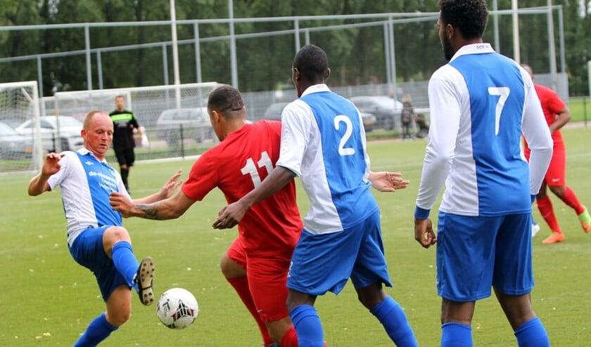 SCO'63 wist zaterdag de derby met Simonshaven te winnen met 0-3.