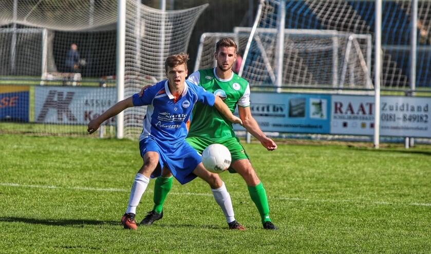 VV Zuidland pakte zaterdag de eerste zege van de competitie tegen Spirit (4-3).