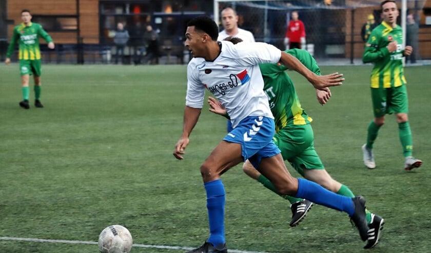 SC Botlek kon koploper Binnenmaas zaterdag geen pijn doen en verloor met 0-2.