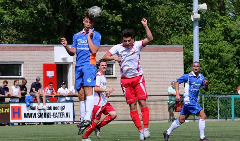 Zuidland verloor zaterdag in en tegen Hellevoetsluis. De ploeg wil graag als derde eindigen.