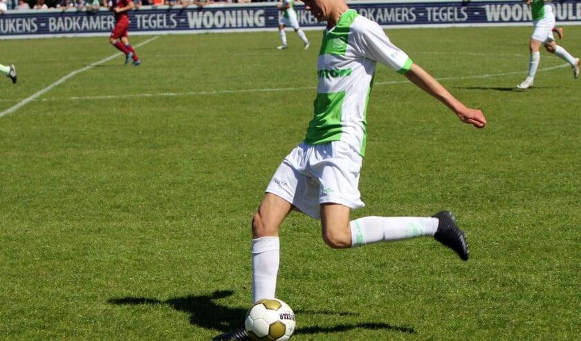 Sven Mijnans zag zijn ploeg verliezen van Quick Boys. Volgend jaar speelt de Spijkenisser bij Sparta.