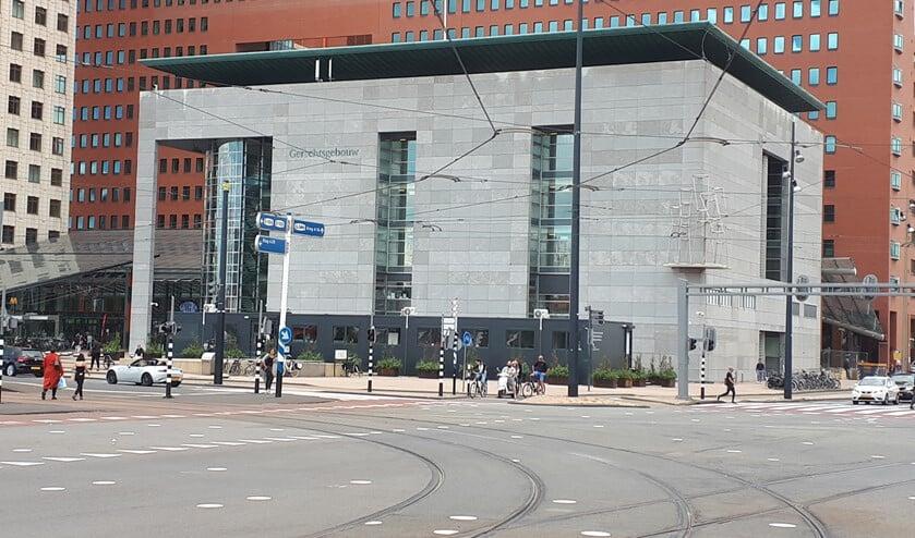 Het Rotterdams gerechtsgebouw waar Leon van M. werd veroordeeld tot 15 jaar cel