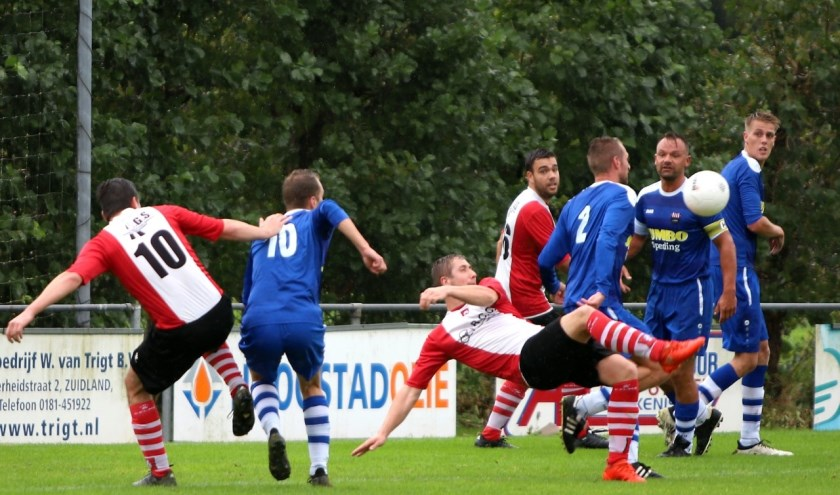 Abbenbroek gaf zaterdag een 2-0 voorsprong uit handen en speelde met 2-2 gelijk tegen WFB.