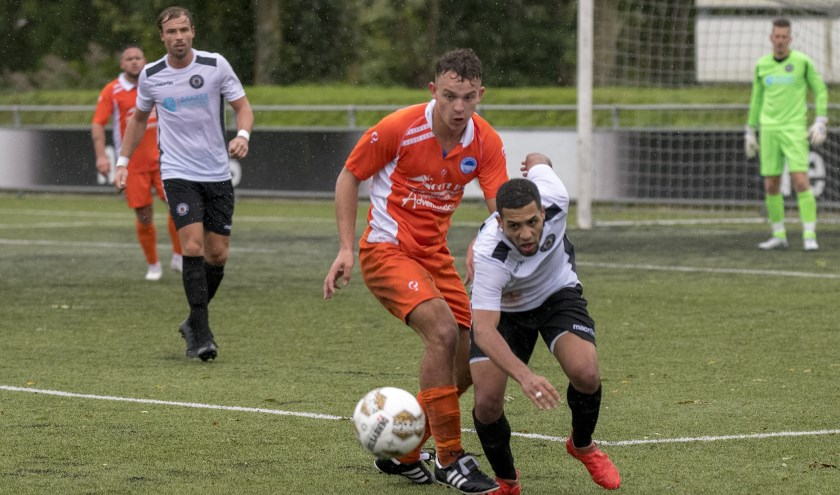 Zuidland wist zaterdag tijdens de competitie opening bij Nieuwenhoorn niet tot een overwinning te komen.