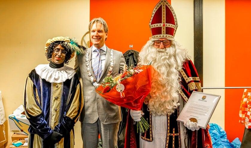 Sint Sjoerd ontving gisteren zelf een cadeau.