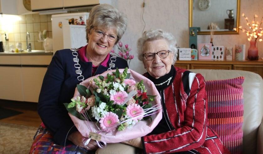 Mevrouw van Oord-de Ruijter vierde onlangs haar 102e verjaardag.