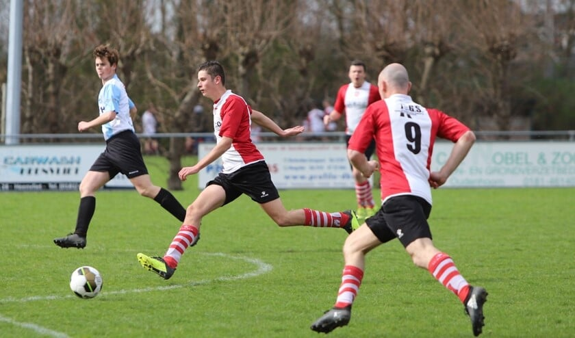 Abbenbroek had zaterdag een redelijk makkelijke middag in het duel met DVV'09 uit Dirksland. Fotografie: Peter de Jong