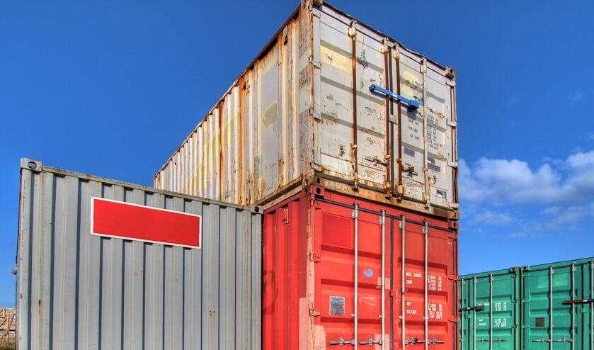 Zonder toestemming rondlopen op een containerterminal wordt strafbaar.