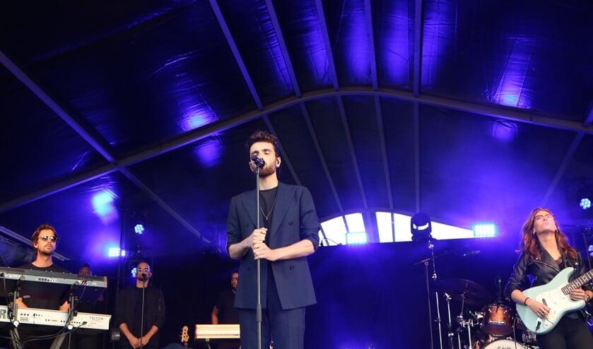 <p>Duncan Laurence tijdens Vestingpop in augustus 2019</p>