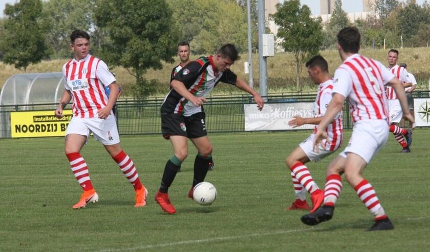 Bij de start van de competitie wist GHVV'13 zaterdag in Oostvoorne niet tot scoren te komen bij OVV.