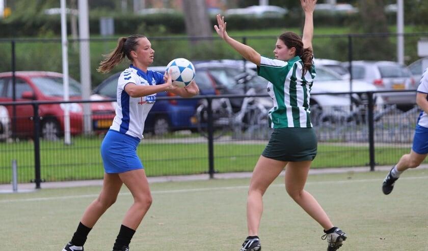 SC Olympia won zaterdag de derby met ZKV uit Zuidland, het werd 10-9 voor de ploeg uit Spijkenisse.