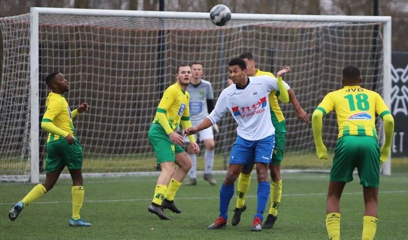 SC Botlek zag in de slotfase de gelijkmaker binnenkomen tegen Rijnmond Hoogvliet Sport.