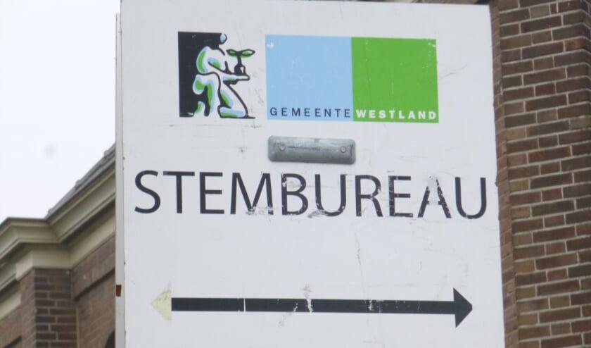 <p>Een deel van de reguliere stembureaus in Westland zal naar verwachting afvallen: 1,5 meter afstand houden is daar niet mogelijk. Foto: (WB)</p>