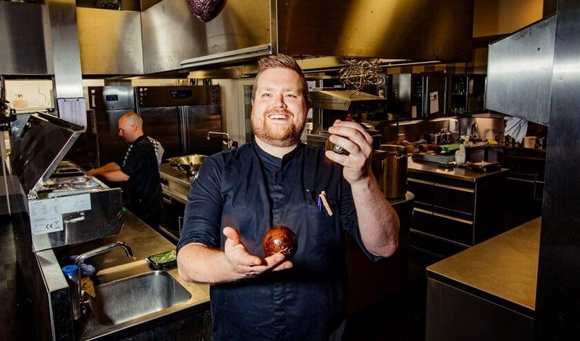 Vooraf is chef-kok Pieter wel ietwat nerveus, maar na wat jongleren met avocado's is dat helemaal verdwenen!