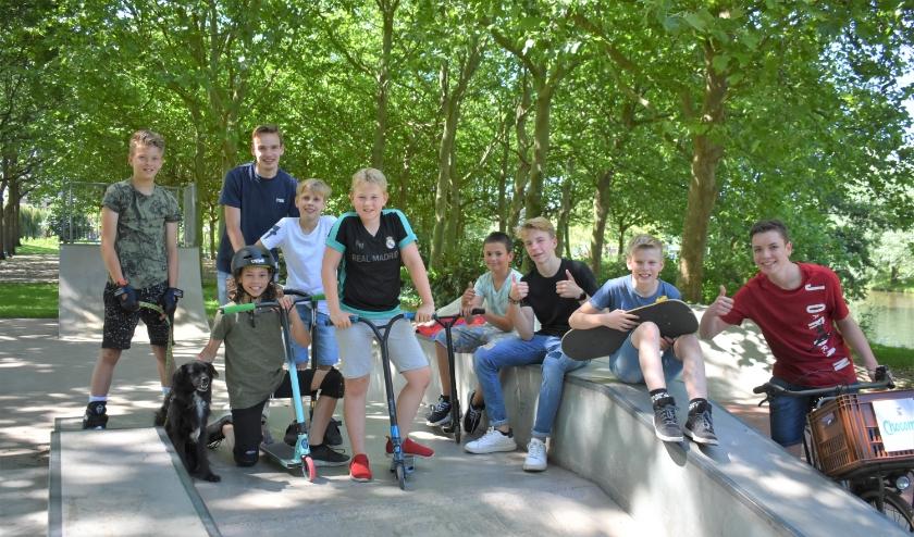 Deze Naaldwijkse jongeren kijken reikhalzend uit naar een area voor freerunning. Foto: (WB)