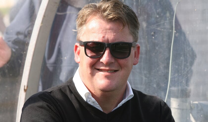<p>Trainer Harry Rusken twijfelt er niet aan dat Rockanje de valse start goed gaat maken. Archieffoto: Wil van Balen.&nbsp;</p>