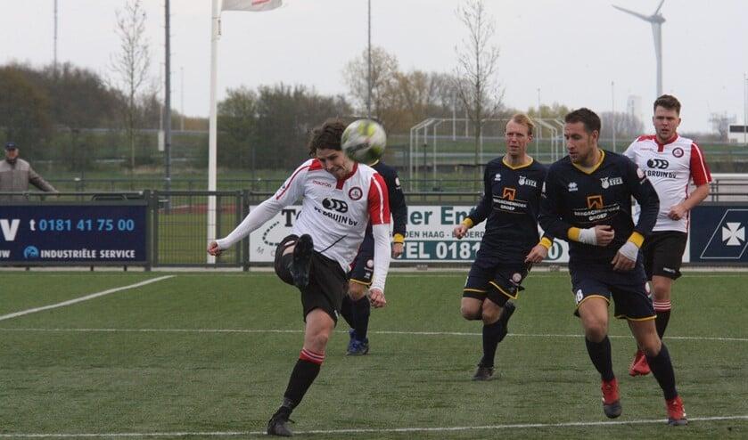 Marcel van den Berg tekende voor de 1-2 van Brielle in het bekerduel bij Excelsior '20. Archieffoto: Wil van Balen.